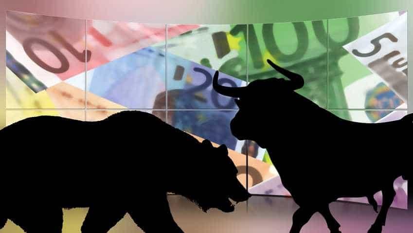 Sensex rebounds on easing crude, firming rupee; HCL Tech cracks 6 pc