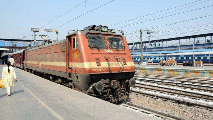 Water woes in trains: Rlys comes up with plan to fill coaches with water in 5 min