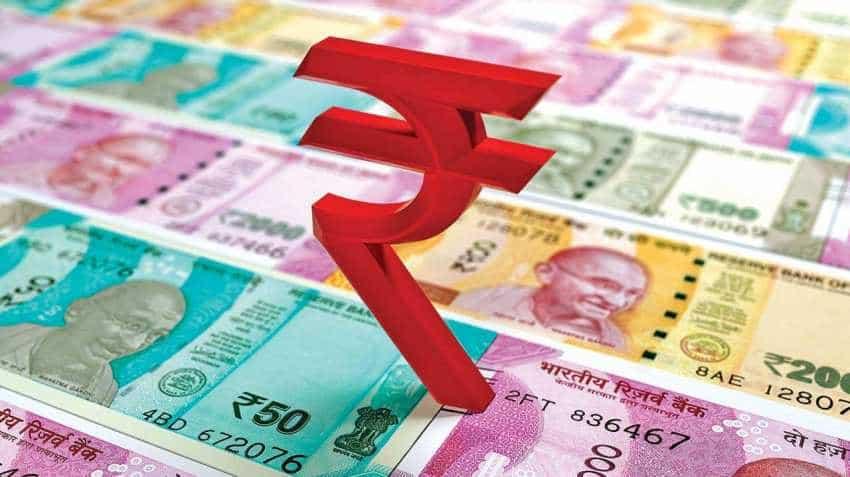 Rupee, bonds slump after RBI governor Urjit Patel resignation