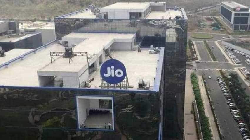 Reliance Jio to create separate fibre, tower companies