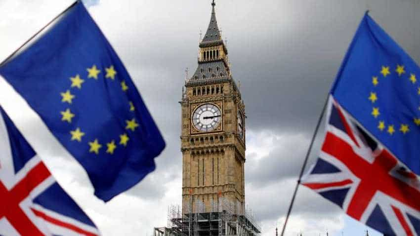 UK economy relies on stretched consumers as Brexit hits investment