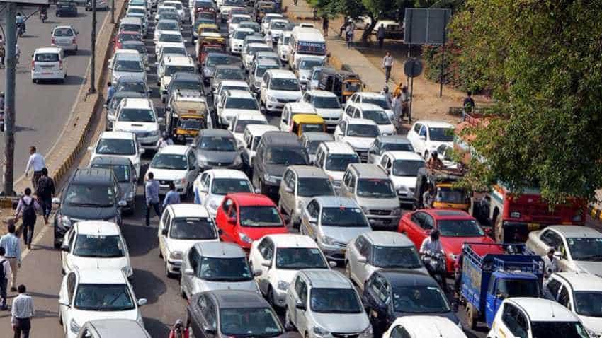 Delhi traffic advisory for Christmas day: Heavy traffic expected, but Indian Railways passengers get good news