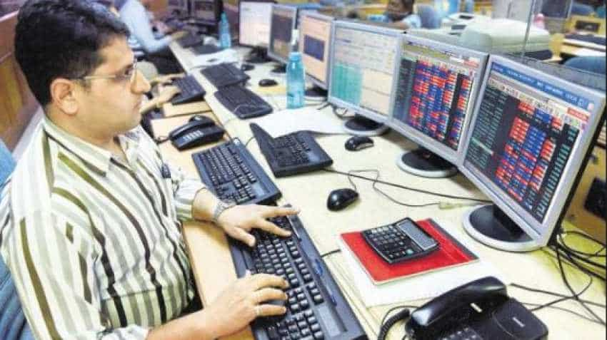 Share market closing: Sensex down by 272 points, Nifty dips by 90; check top gainers and losers