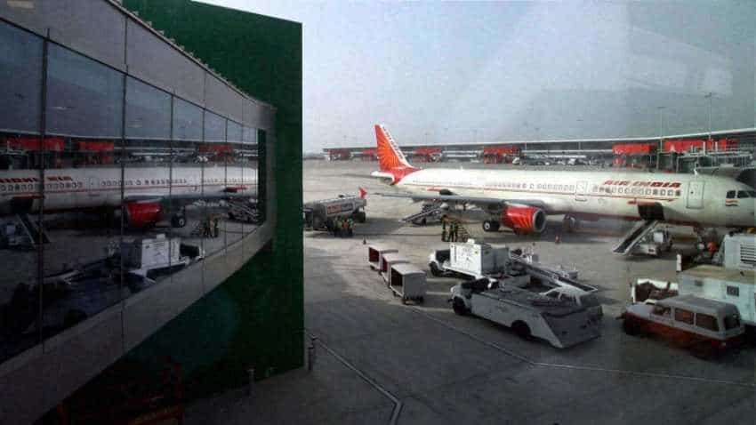Delhi airport flights update: takeoffs suspended, 10 flights diverted