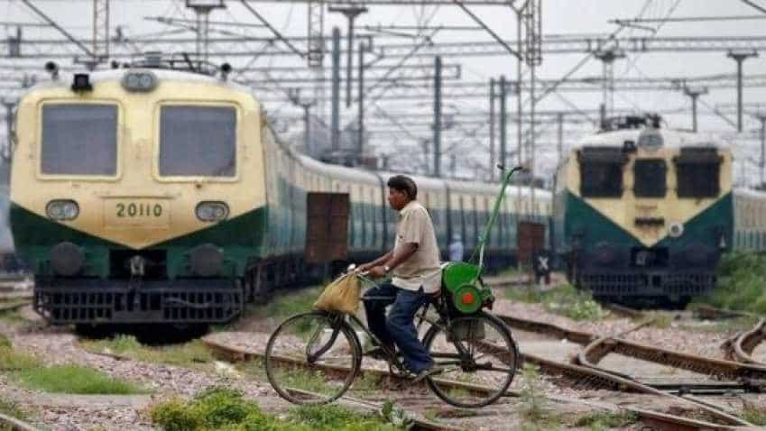 RRB JE Recruitment 2018: Apply for 14,033 Junior Engineer posts before January 31 on rrbcdg.gov.in