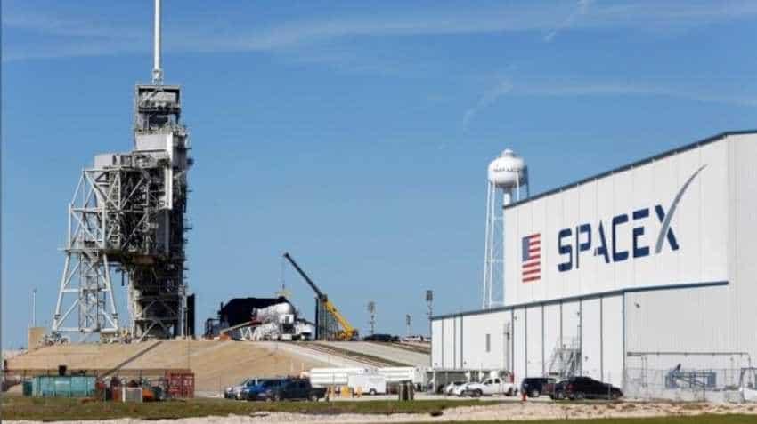 Elon Musk showcases SpaceX's Starship test rocket