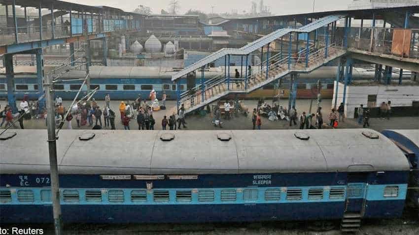 Indian Railways cancelled, delayed trains: Fog delays 11 north-bound trains; 360 others cancelled