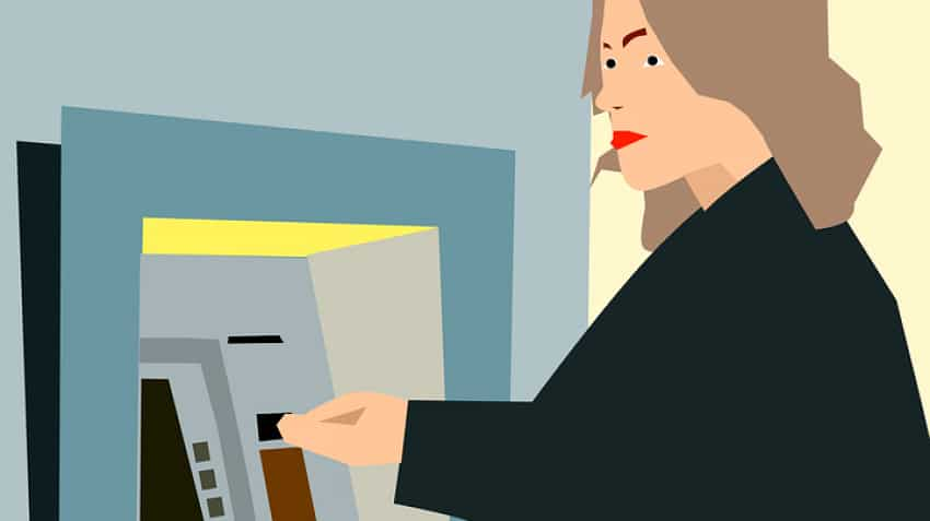 ATM debit card fraud: Beware of card swapping! Avoid taking help while withdrawing money
