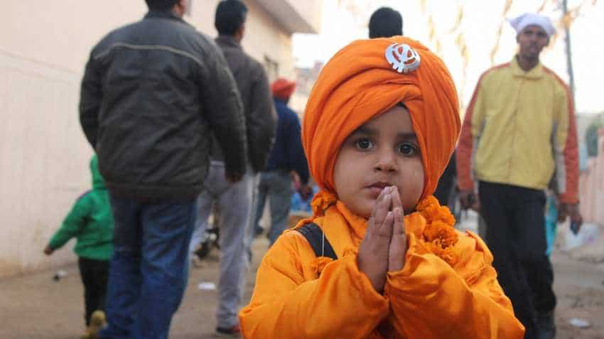 In touching gesture, Sikhs in US to donate money, food to unpaid federal workers
