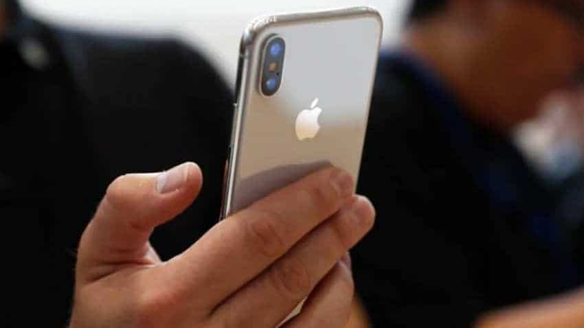 Why Apple iPhones are not selling in India?