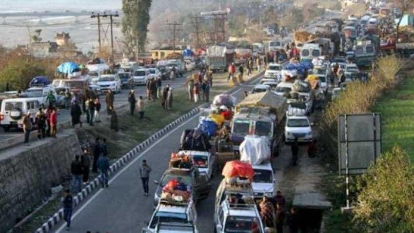 Jammu-Srinagar highway traffic advisory: One-way traffic to continue today