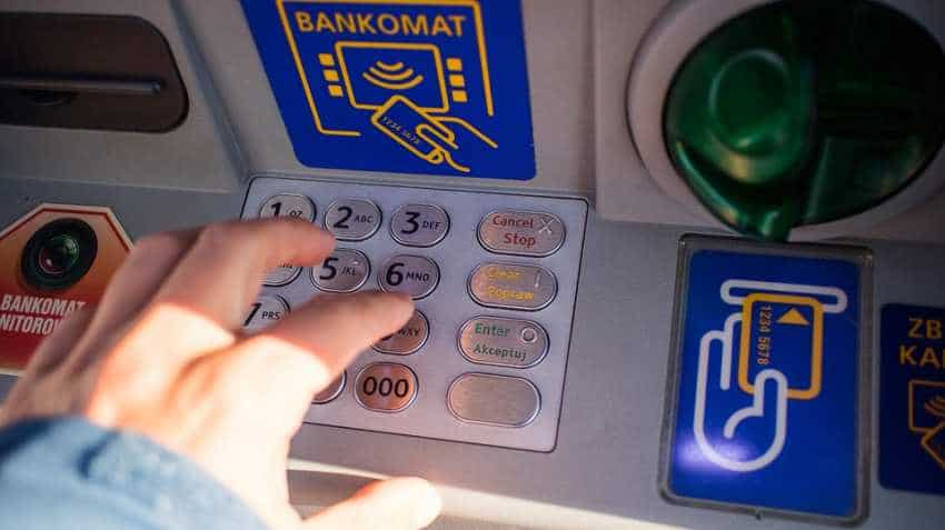 This fraud will wipe out your money from ATM