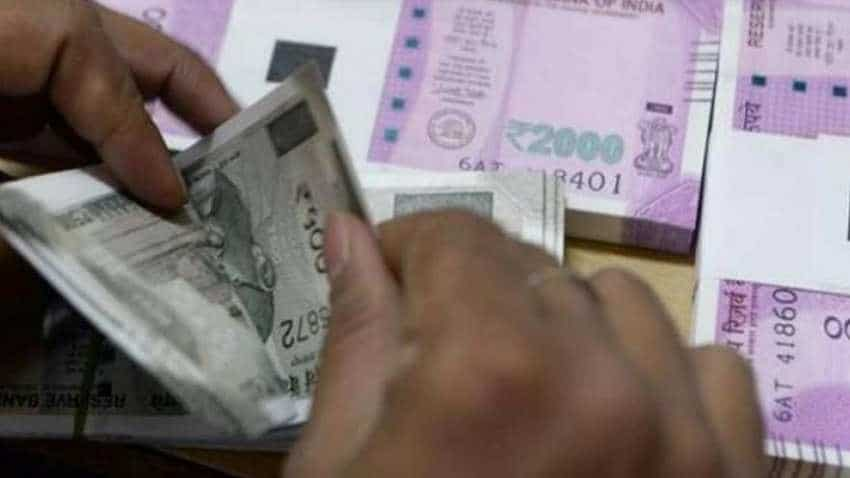 Cash in Indian economy at Rs 20.4 lakh cr; here is what SBI said