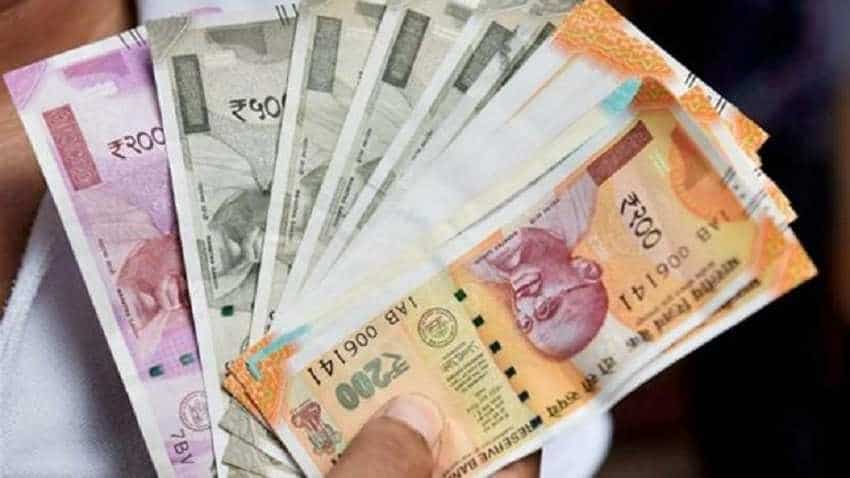 Ru Sheds 33 Paise Against Us Dollar In Early Trade