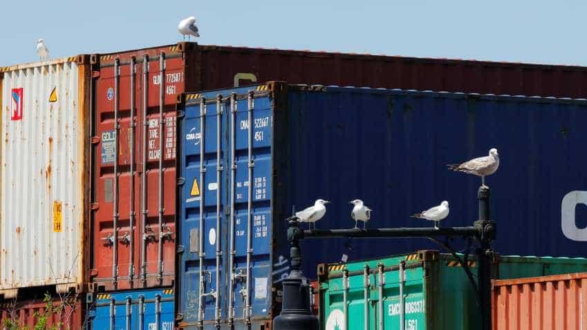 US goods trade deficit deteriorates; factory orders edge up