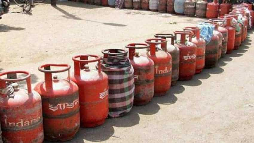 Subsidised LPG price hiked by Rs 2.08 per cylinder; non-subsidised rate raised by Rs 42.50