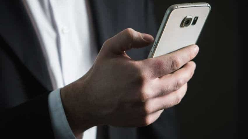 India offers world's cheapest mobile data packs: UK report
