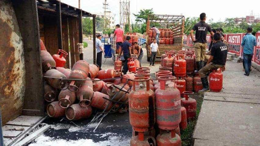 Alert! LPG cylinder price on delivery as per choice: Now, you have to pay this much