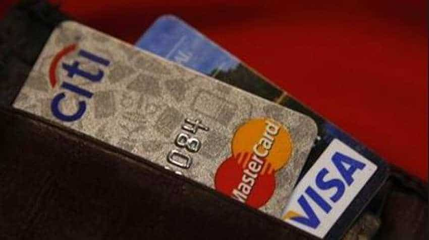 What is credit card? Many benefits for you, but there are disadvantages too