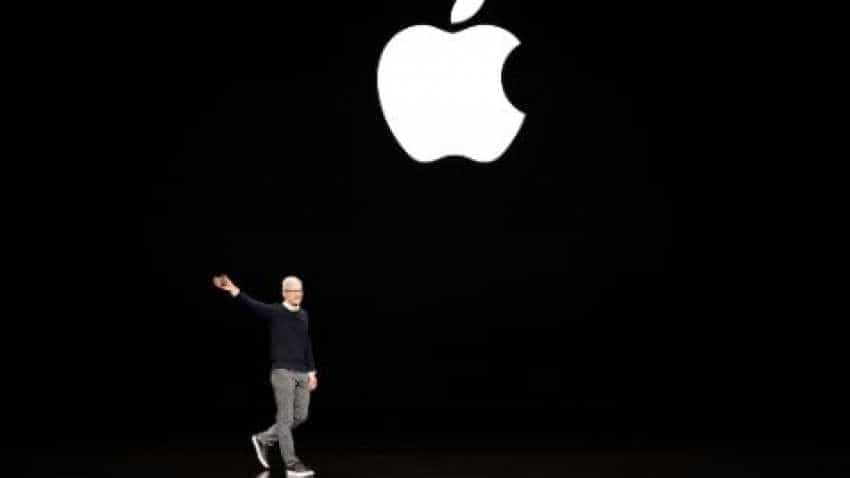 Apple invites Hollywood to Silicon Valley in television push