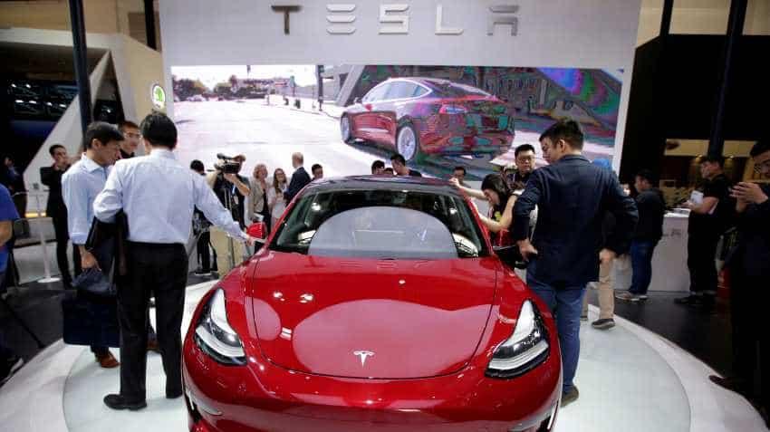 Tesla delivers fewer than expected Model 3 sedans in first quarter