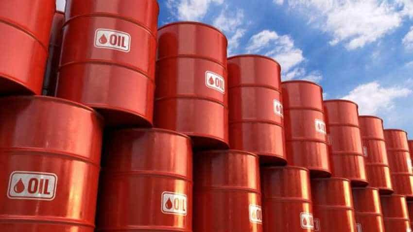 Oil prices up above one percent on strong US economic data, Libya supply risks