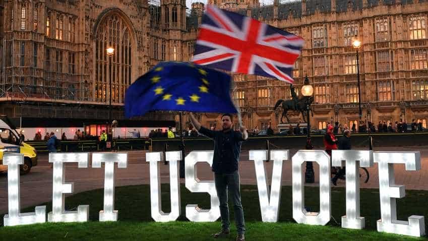Brexit extension: Theresa May to meet Angela Merkel and Emmanuel Macron ahead of European summit