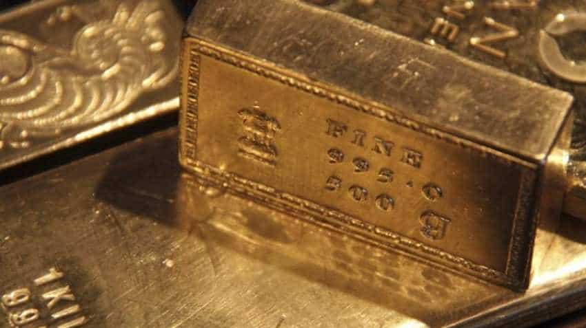 Gold slips to 2019 low as global economic outlook improves