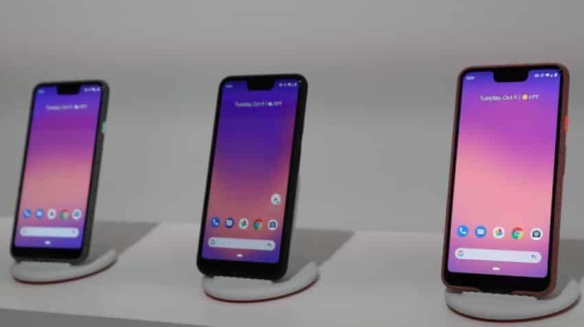 Man asks Google for refund, gets 10 pink Pixel 3 smartphones instead