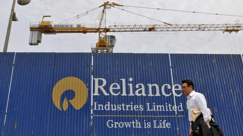 Reliance Industries share price plunges 3% post Q4FY19 result; is it a buying opportunity for you?