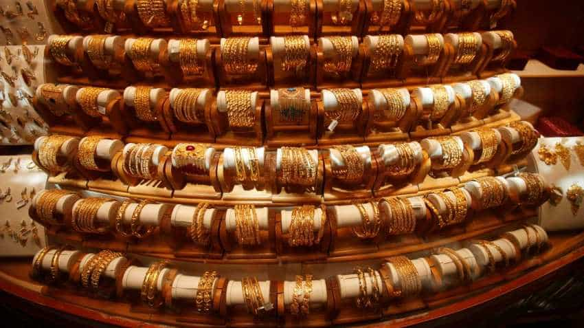 Lower prices, festive demand boost gold purchases in India, Singapore