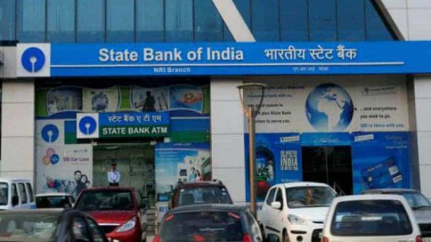 SBI vs HDFC Bank vs ICICI Bank: Here is what top banks charge for ATM transactions, other services