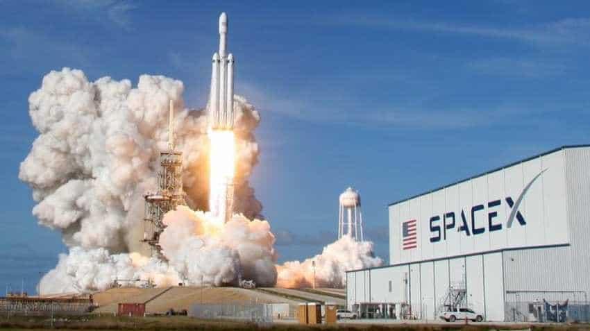 SpaceX again postpones launch of 60 Starlink satellites