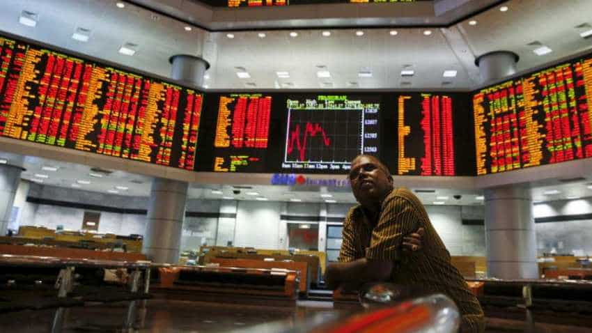 Global stock markets: Wall Street falls as US China trade tension at peak