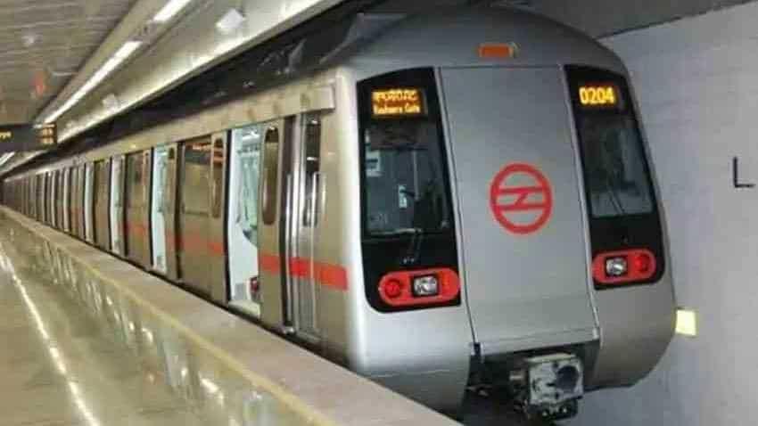 Delhi Metro snag: Train movement between Dilshad Garden and Shahdara affected