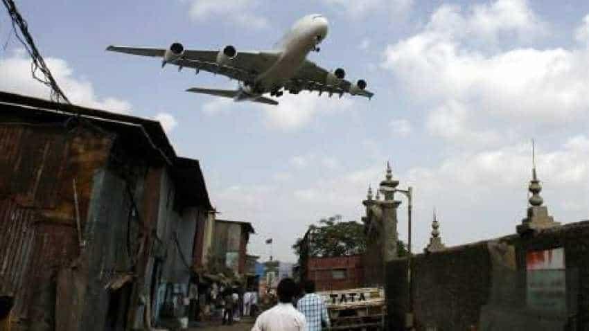 Cyclone Vayu: Flights update-Mumbai, Pune, Vadodara, Goa - check if your flight has been delayed or cancelled