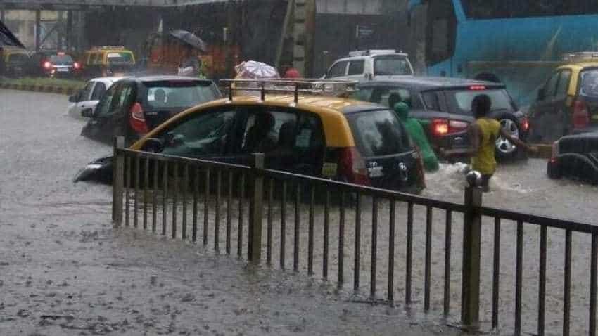 Rains paralyse Mumbai, Maharashtra declares holiday