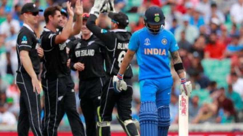 India vs NZ Cricket World Cup: Apple wins Indian hearts! Check out Chetan Bhagat, Mallika Dua reactions