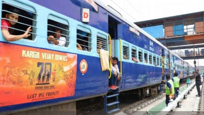 Indian Railways salutes Armymen with this touching Delhi-Varanasi Kashi Vishwanath Express Kargil War train