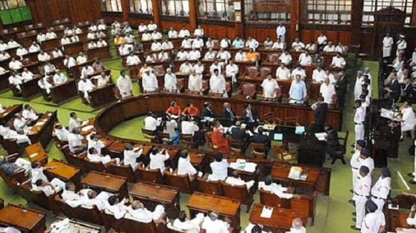 Karnataka Assembly floor test: Governor directs CM H.D. Kumaraswamy to prove majority on Friday by 1:30 p.m