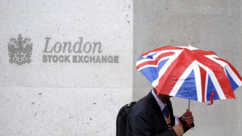 London Stock Exchange says it is in talks to buy data analytics provider Refinitiv for $27bn