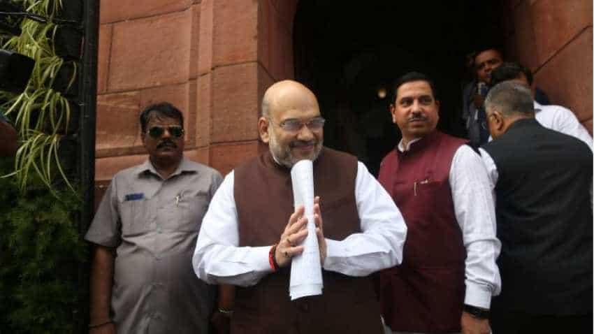 Sound Move! Subhash Kashyap says this on Modi govt's Jammu and Kashmir, Article 370 proposals