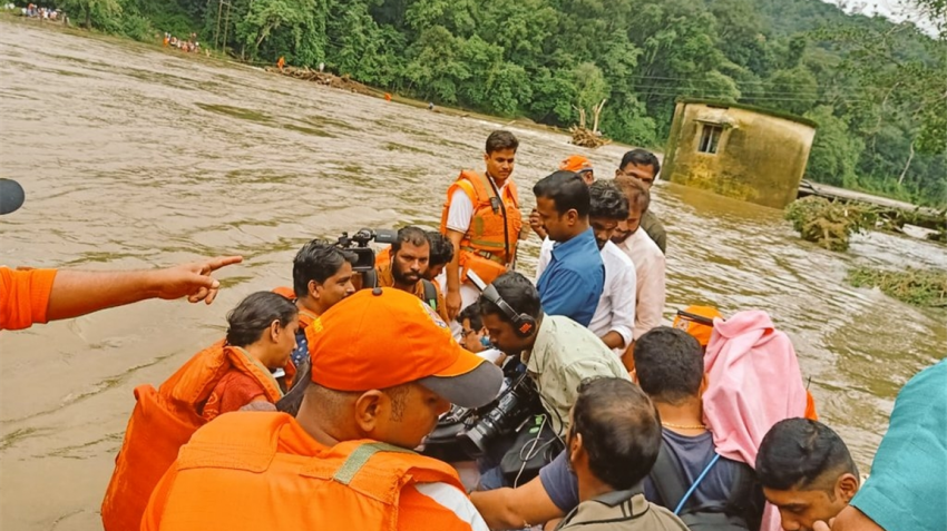 Kerala floods claim 42 lives; over 1 lakh in relief camps; Rail and air traffic hit