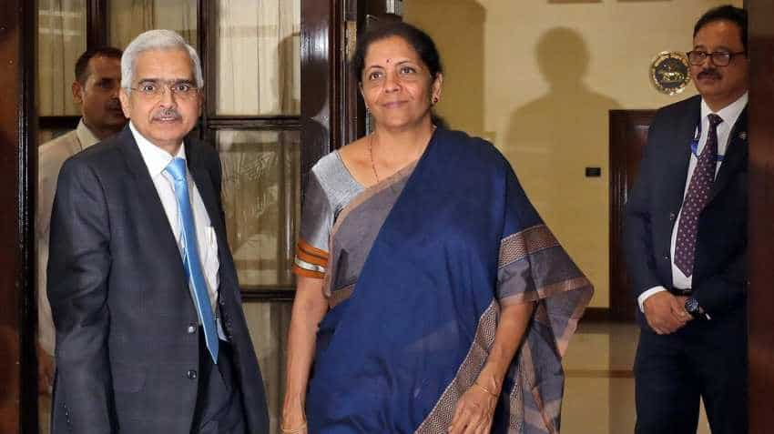 Nirmala Sitharaman meets real estate representatives; Liquidity, taxation and other issues discussed