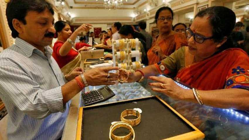 Diwali 2019 gold price PREDICTION: See at what price you may have to buy gold coin this Dhanteras!
