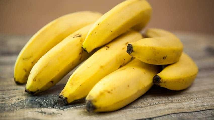 Banned! No bananas to be sold on Lucknow railway station | Zee Business