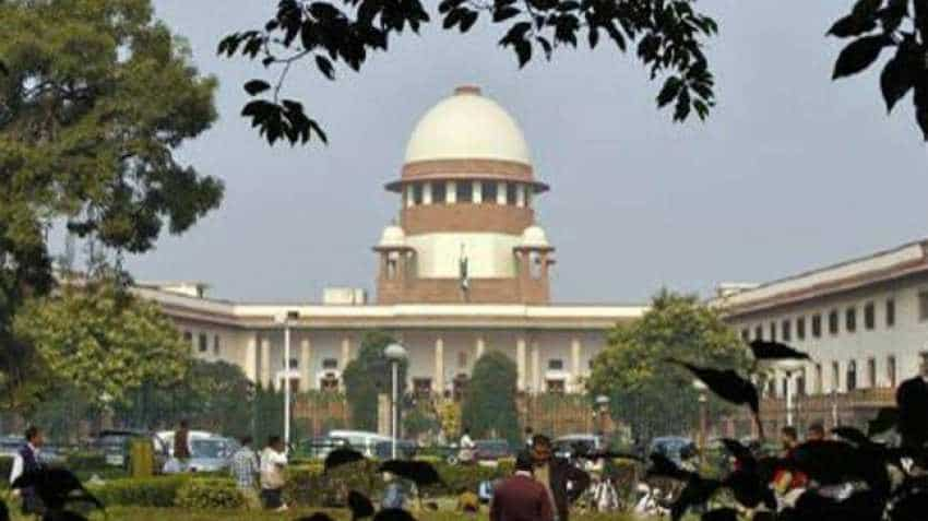 Supreme Court asks government to explain its plan of linking social media accounts with Aadhaar