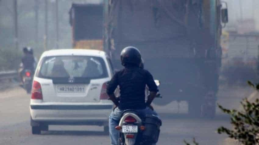 Pollution dipped in last 3 years, still Delhi to have odd-even scheme