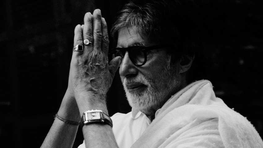 Amitabh Bachchan gets Dada Saheb Phalke Award; Prakash Javadekar leads in wishing Star of the Millennium