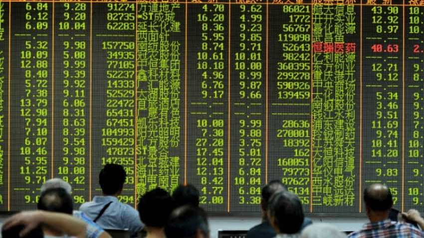 Asian stocks slide one-month low as US tariffs on EU fan global growth worries